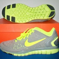 New Womens Nike Free Tr Fit 2 Gray Volt  Shoes sz 8