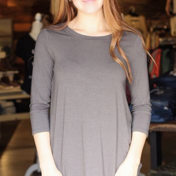 {Ash Grey} Best Basic 3/4 Sleeve Round Neck Top - Size SMALL