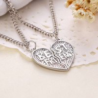 1 Pair Best Friend Necklace Pendant Friendship Love Broken Heart Chain Silver Plated = 1652915204