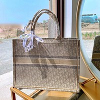 DIOR new product embroidery pattern letters ladies retro handbag shopping shoulder bag messenger bag Khaki