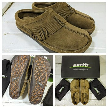 """Suede Earth® Shoes with Fringe Women's Size 6 1/2 Leather """"Emerald"""" Khaki Cow Split Slip On Mules Vintage New In Box Never Worn Hippie Boho"""