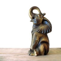 Vintage / Collectibles / Figurine / elephant / by WhiteDogVintage