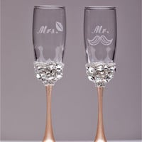Personalized Wedding glasses champagne color and silver Personalized glasses Champagne flutes Toasting glasses Flutes set of 2