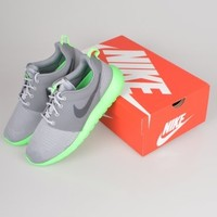 Nike Roshe Run 511881 - Grey