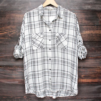 black + white boyfriend flannel shirt