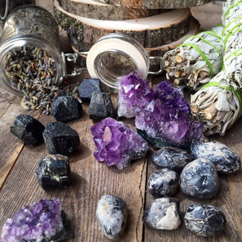 Protection Set Crystal Collection Crystal Kit Alter Kit Crystals and Sage Raw Crystal Healing Crystals and Stones Meditation Stones Sage Set