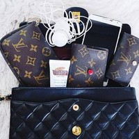 LV Women shopping leather handbag purse wallet black Shoulder Bag B