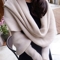 Warm Woolen Scarf with Sleeves
