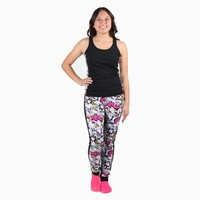 Hello Kitty Tank & Pants Set: Boom!