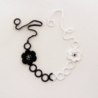 Crochet Necklace -Monochrome Necklace - White Black Neckace - Statement Necklace - Circle Necklace - Crochet Flowers Necklace