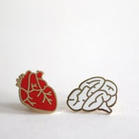Brain Pin Badge, Hard Enamel Pin Brooch, Follow Your Heart, White lapel Pin Back Button
