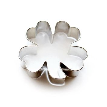 lucky clover cookie cutter