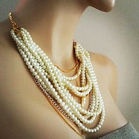 Chunky Pearl Necklace, Bridal Pearl Necklace, White and Cream Pearl Wedding Necklace, Statement Wedding Jewelry