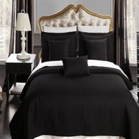 4 Piece TWIN XL Size, Black Color, Super Luxurious Wrinke Free Reversible Checkered Coverlet / Quilt Bedding Ensemble Set with Decorative Pillows