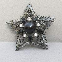 Vintage 1960's Signed WEISS Black Rhinestone Pewter Spiked Star Pin