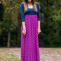 Stay A While Maxi, Fuchsia/Navy