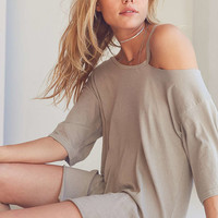 Silence + Noise Daphne Cut-In Scoop Neck Tee - Urban Outfitters
