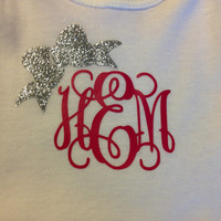 Monogrammed Onesuit with a Bow Embellishment - Baby Clothes - Princess - Vine Monogram