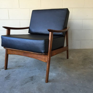 Mid century modern lounge chair - vintage 1950's
