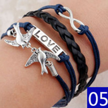 Hot Sale Fashion Vintage Bird Tree Owls Infinity