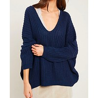 Eight Letters V-Neck Oversized Knit Sweater in Navy