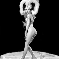 """Vintage Art Photograph of Burlesque Stripper Chelsea O'hara  8"""" x 10"""" re-print (Get Any 4 for 3)"""