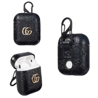 GUCCI PENDANT EMBOSS AIRPODS CASE - BLACK