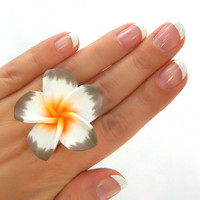 Cocktail RING . Size 7 - Flower Ring - Rose, Grey, White, Orange, Spring, Summer, Cocktail Rings, Jewlry Rings, Shadow, Spanish, Flamingo