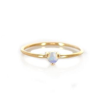14kt Gold Opal Point Ring