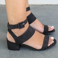 SZ 5.5 Either Way Black Open Toe Heels