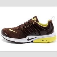 NIKE new lightweight casual shoes sports shoes Brown yellow