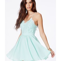 Missguided - Shiraz Strappy Lace Detail Puffball Mini Dress In Mint