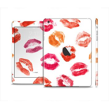 The White with Colored Pucker Lip Prints Skin Set for the Apple iPad Mini 4