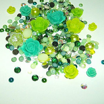 10g (approx 175pcs) Mixed flatback pearls, rose flower cabochons, rhinestones and pearls for decoden kawaii - ENVY MIX