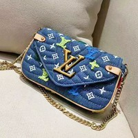 Louis Vuitton Casual Joker Fashion Print Embroidered Shoulder Crossbody Bag