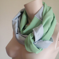 Chunky Knotted Infinity Scarf  Lightweight Grey by SmallGreyCat
