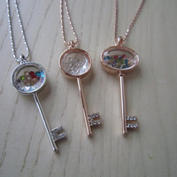 Oval glass bottles, special locks styling,color crystal charm necklace, rose gold necklace, open heart lock, gold and silver, the best gift