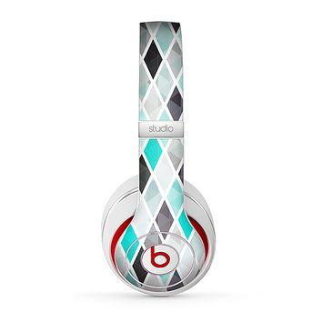 The Graytone Diamond Pattern with Teal Highlights Skin for the Beats by Dre Studio (2013+ Version) Headphones