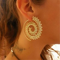 New exaggerated spiral gear earring personalized circle spiral earring