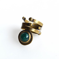 Boho ring - ring with stone - green agate stone ring - brass raw ring - gypsy ring - stone ring - green stone primitive - gold brass