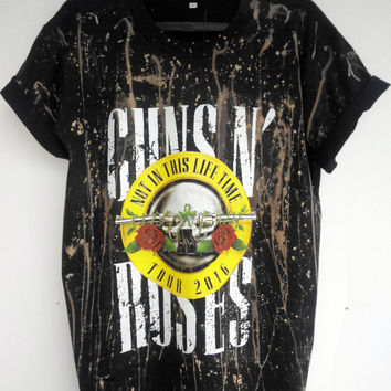 Guns N Roses, Not In This Life Time  Tour 2016 T-shirt,  Live  Reunion T shirt 2016 unisex adult shirt banned art Bleached Distressed shirt