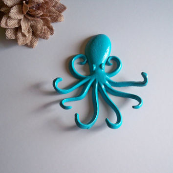Octopus Cast Iron Key Hook, Shabby Chic  Decor, Wall Hook,  Turquoise Hook, Bathroom Hook, Towel Hook, Country Decor, CHOOSE YOUR COLOR