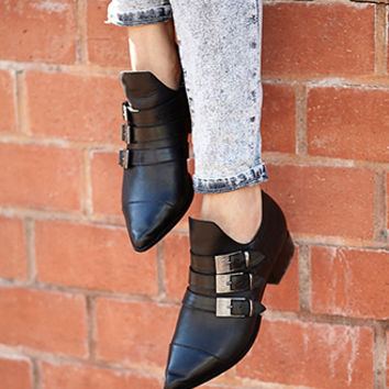 FOREVER 21 Western Redux Pointed Booties Black