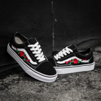 Vans Rose Embroidered Canvas Old Skool Flats Sneakers Sport Shoes