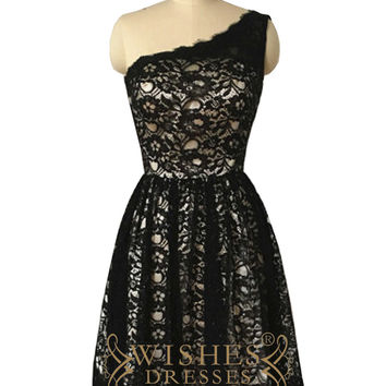 One-shoulder Black Lace Bridesmaid Dresses AM507