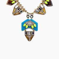 Abstract Color Mix RS Link Statement Choker Neck