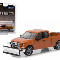 2015 Ford F-150 Snow Plow and Salt Spreader Pickup Truck 1-64 Diecast Model Car by Greenlight