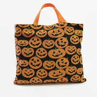 Reusable Fabric Trick or Treat Bags-- Jack O' Lantern Pumpkin Print on Black Background with Matching Lining-- Halloween Party Favor Bags