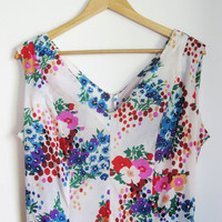 80s white and floral print sheer maxi dress. Size L to XL.