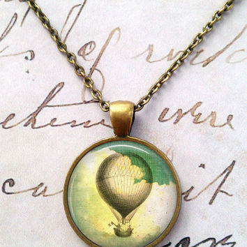 Hot Air Balloon Necklace, Vintage, Flying Machine, Airship, Science, Geek, Steampunk, Travel T1088